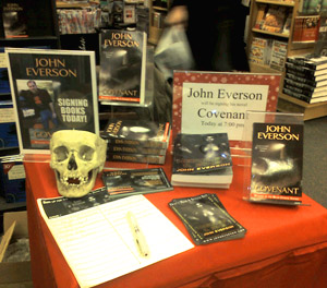 Highland, Indiana Borders signing... with skull