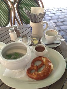 Breakfast-traditional German white sausages