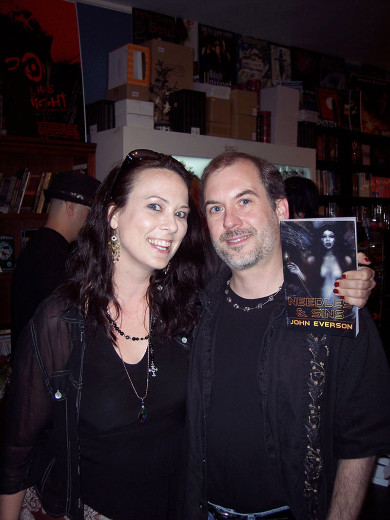 Leah Cevoli and John Everson - Dark Delicacies, 2008